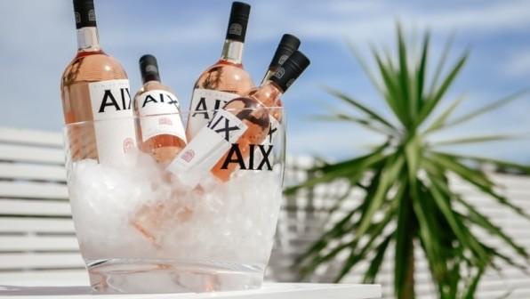 Vier de zomer met AIX Rosé